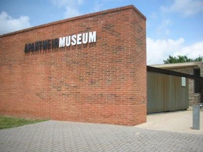 apartheid-museum--johannesburg_5875